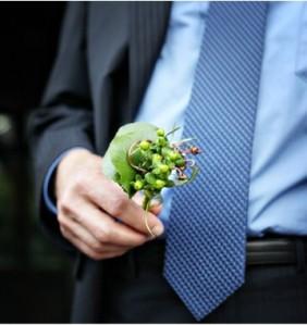 Groom tie with soft stripes.