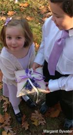 Huppahs.com-lavender-ring-pillow